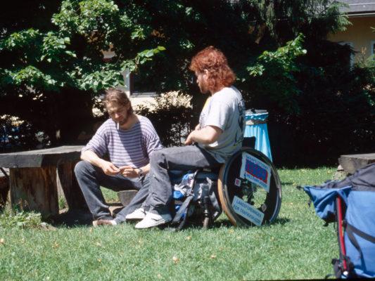 [1990] Hebbe prater med lydmann Per Schreiner, Salzburg.